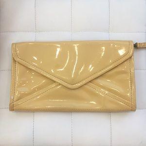 GAP mustard Yellow clutch